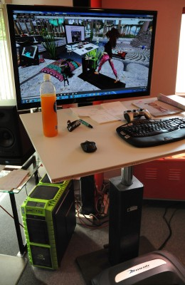 Me, walking on a VR Treadmill Desk, as displayed on an RL Treadmill Desk